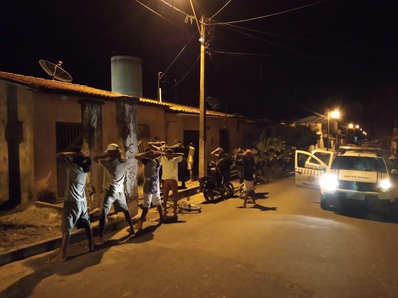 Polícia Militar realiza várias abordagens com o objetivo de manter a ordem e a segurança em Trizidela do Vale.