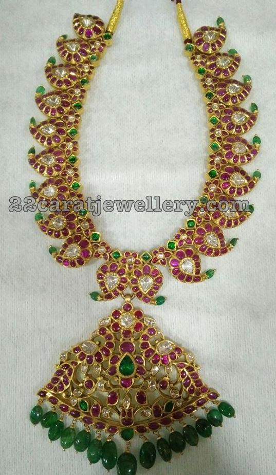 Mango Necklaces with Emerald Drops