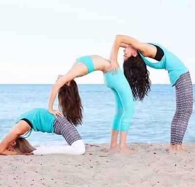 Newest For Yoga Challenge De 3 Pessoas Aigautoins