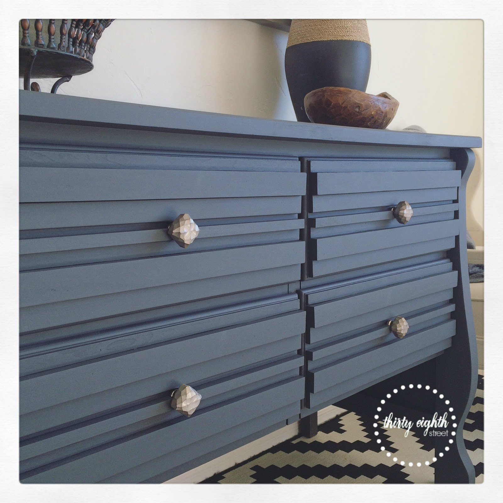 Refinish Furniture Ideas: Fab Furniture Flippin Contest: How To Add Texture To