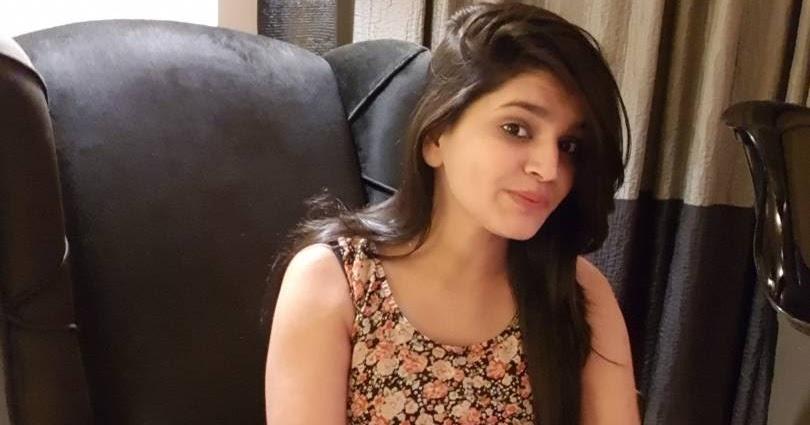 Indian Sex Photos - Hot babe ki free Indian porn pics
