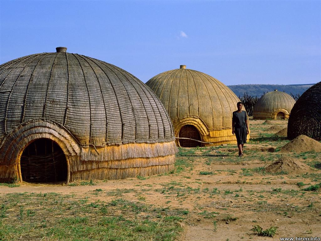 Tourists participate in african ritual - 2 2