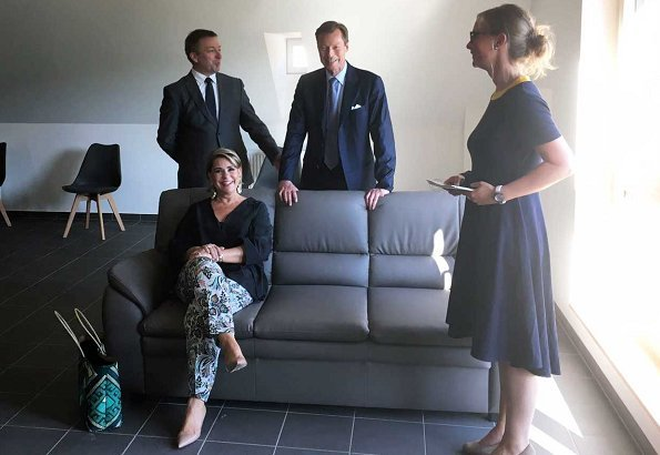 Grand Duke Henri and Grand Duchess Maria Teresa visited old Nelson farmhouse in Colmar-Berg. ARCUS asbl housing project. Paule Ka trousers