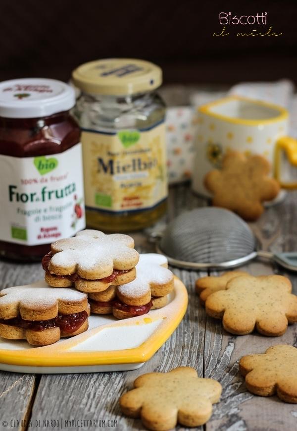 Biscotti al miele (senza uova)