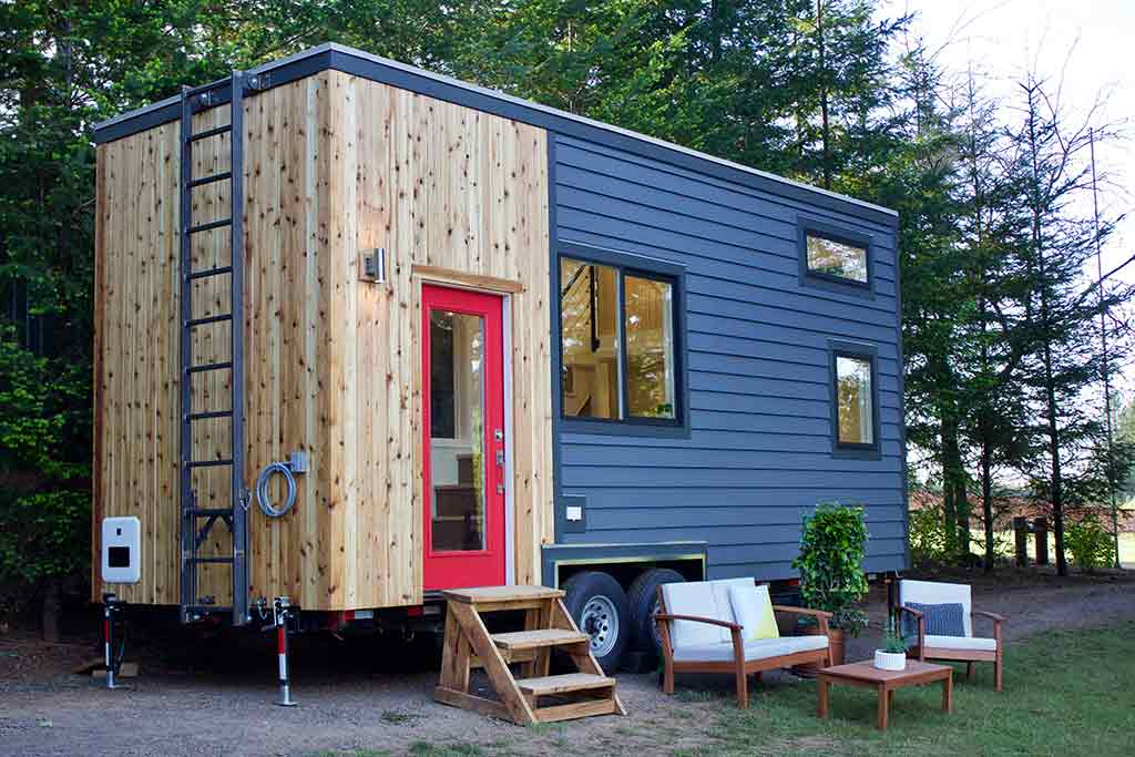 Tiny house town tiny home and garden Home builders com