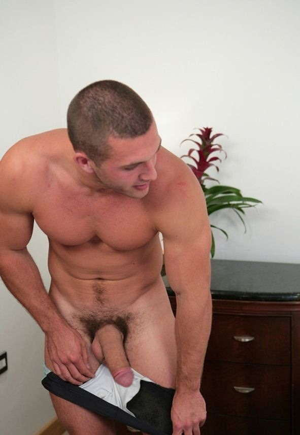 Men exhibiting huge erections gay pissing