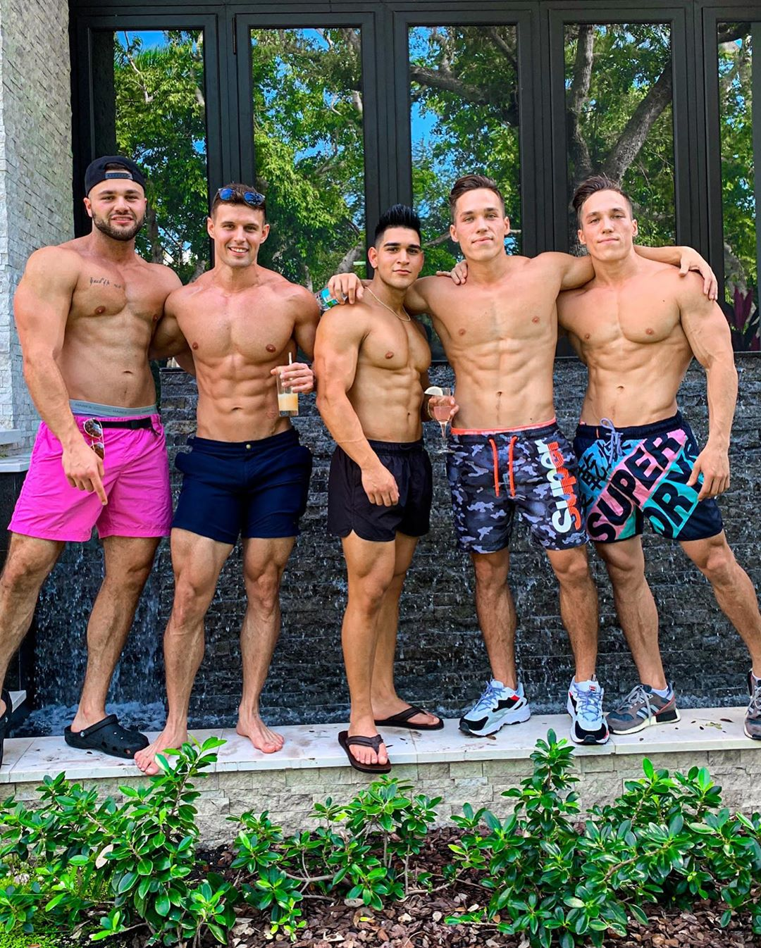five-male-shirtless-sexy-fit-muscle-bodybuilders-biceps-strong-legs-big-biceps-sexy-faces