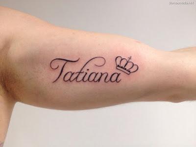Tatuajes en la espalda con nombre