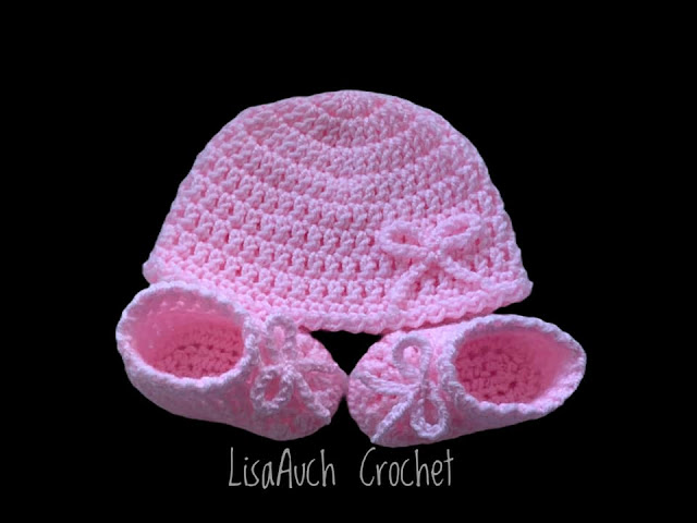 free crochet pattern baby hat  and booties set