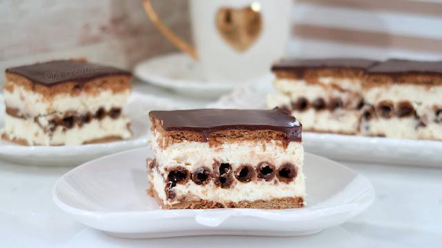 Ciasto z rurkami kakaowymi