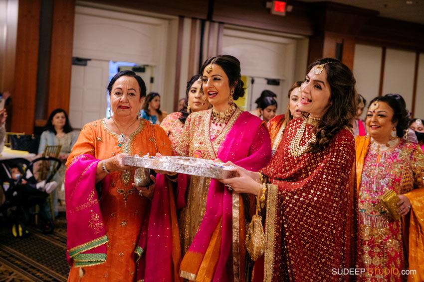 Pakistani Wedding Shaadi Mehendi Photography by SudeepStudio.com Ann Arbor Pakistani Muslim Wedding Photographer