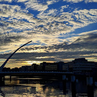 Virtual tour of Dublin: Sunset over the Samuel Beckett Bridge