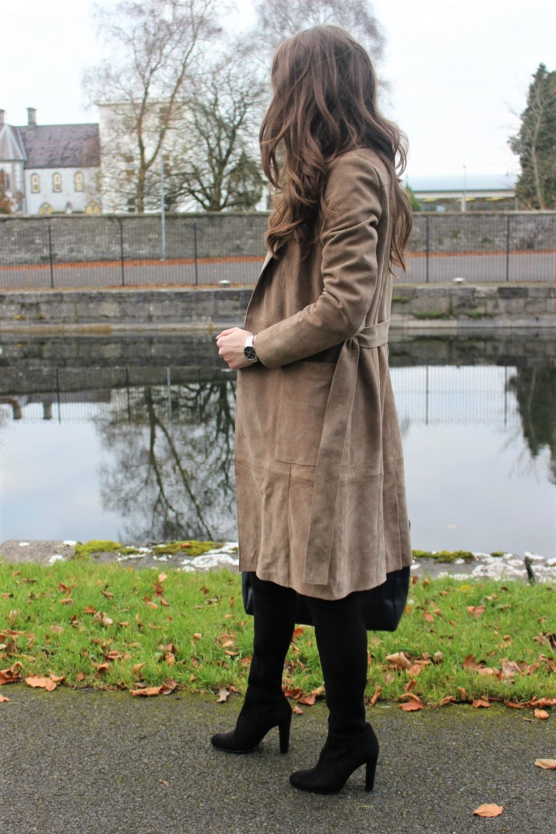 leather coat, how to style long coat and overknees