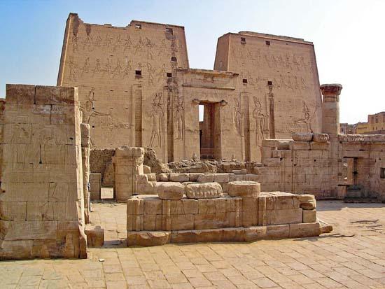 10 công trình kiến trúc khổng lồ của Ai Cập cổ đại có thể bạn chưa biết