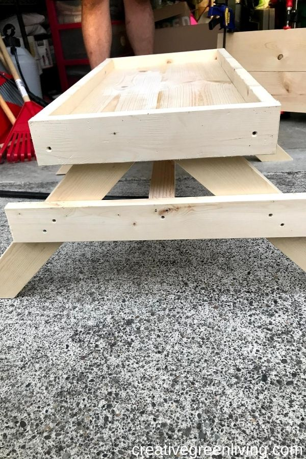 How to make a DIY Chicknic Table - free plans for how to build a chicken picnic table including step-by-step directions