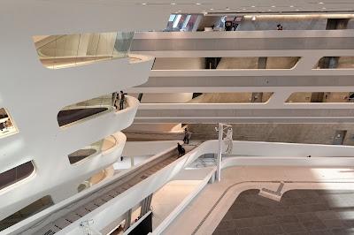 zaha-hadid-architettura-Vienna