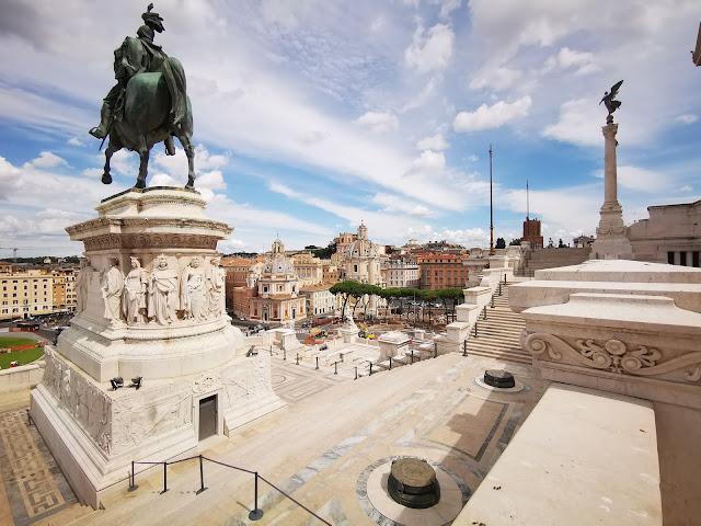 statua equestre Vittorio Emanuele II