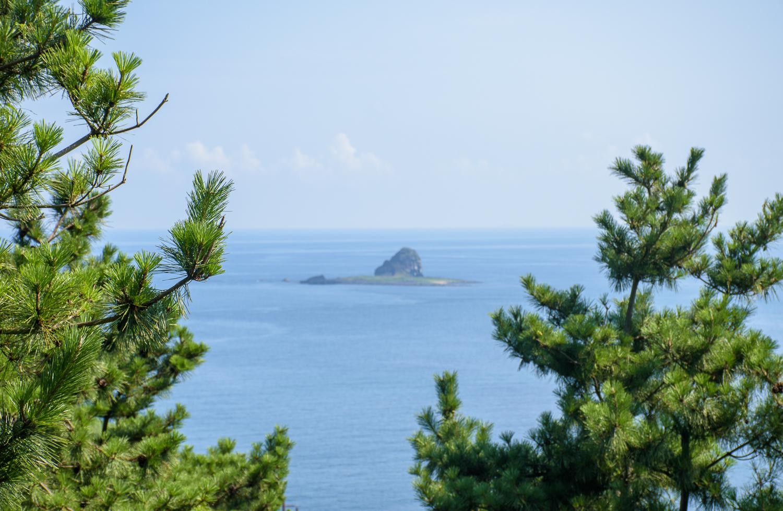 mount sanbang in jeju hiking in jeju korea