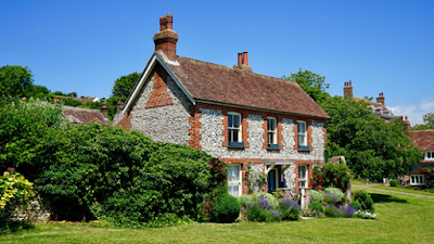 Three tips to find the right fixer-upper