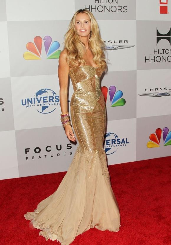 Abiti Cerimonia Just Cavalli.Celebrityhall Elle Macpherson In Roberto Cavalli Per I Golden Globe