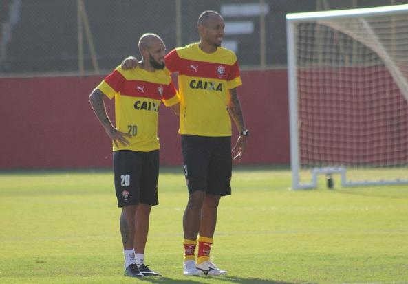 311c7a874a Paulinho e Alan Costa estão confirmados no time titular (Foto  Maurícia da  Matta EC Vitória)