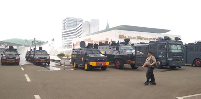 Suasana Terkini Jelang Pelantikan Jokowi, Di Mana-Mana Ada Polisi dan TNI
