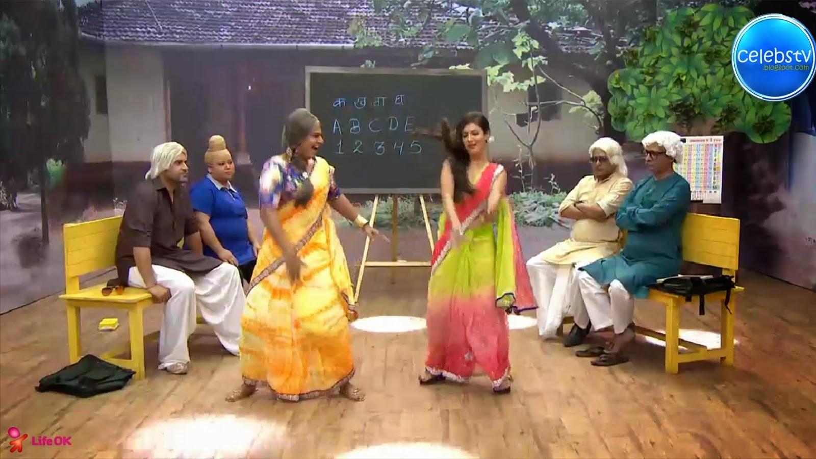Pooja Bose Very Hot Sexy Bouncing Boobs, Navel Show -7171