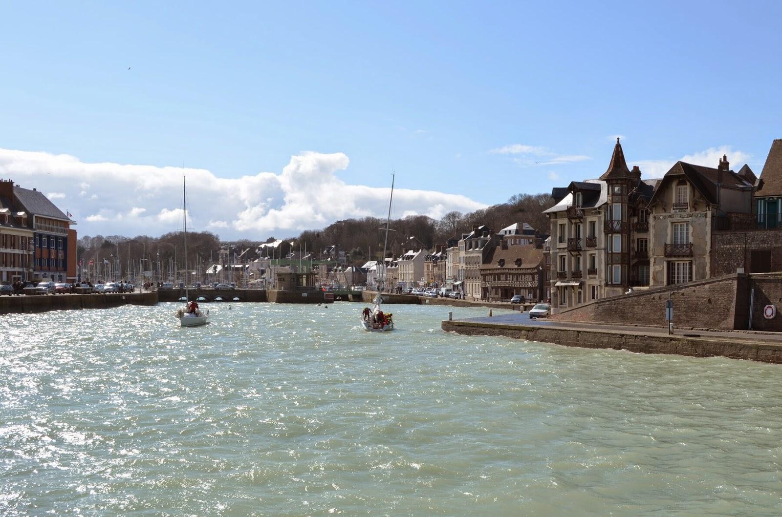 Grandes mar es en mars 2015 saint val ry en caux - Saint valery en caux restaurant du port ...