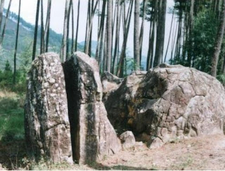 Legenda Batu Belah