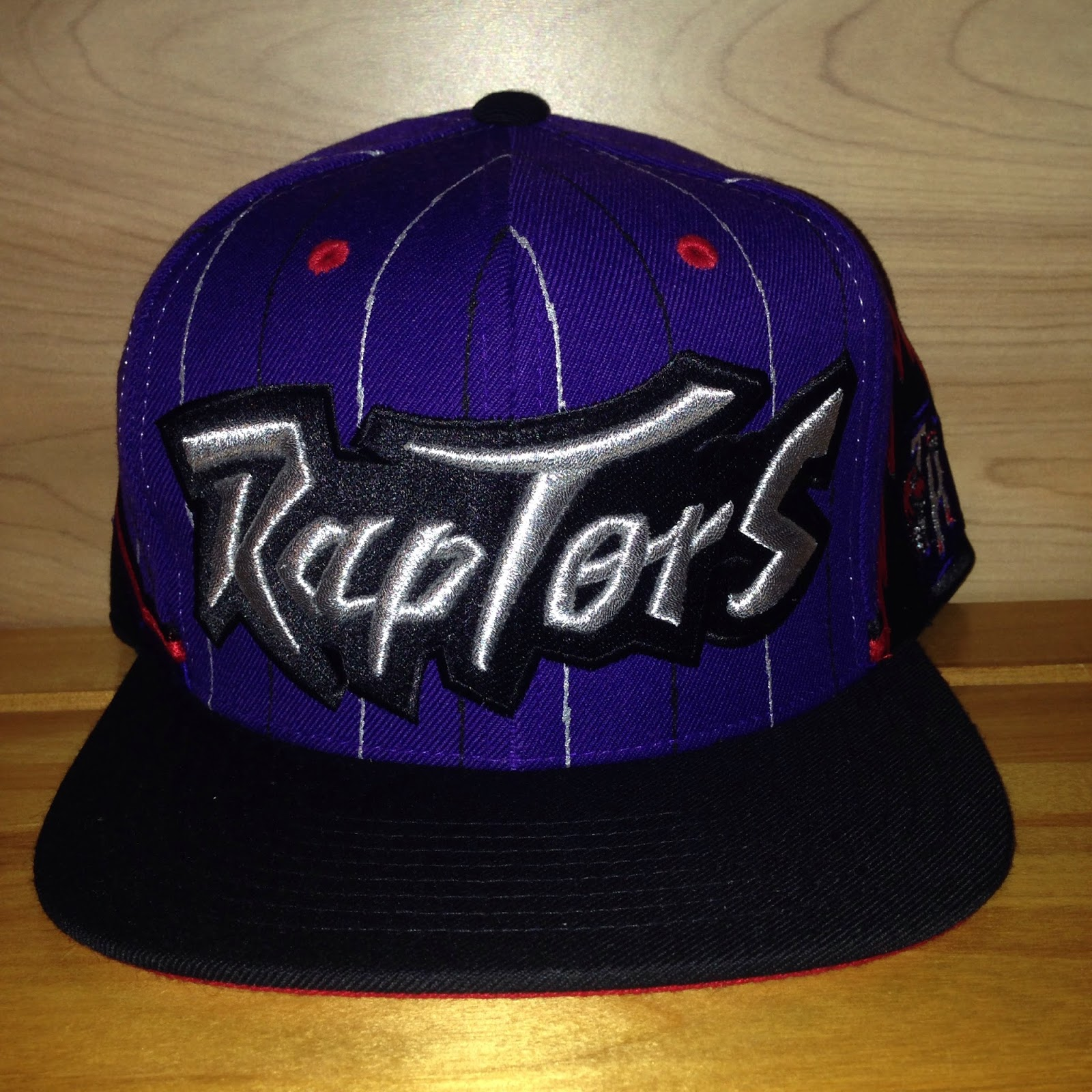 the best attitude 790bc dde99 Just picked up this Mitchell   Ness Toronto Raptors snapback at a department  store the other night. Something I wouldn t normally wear, but the price  was ...
