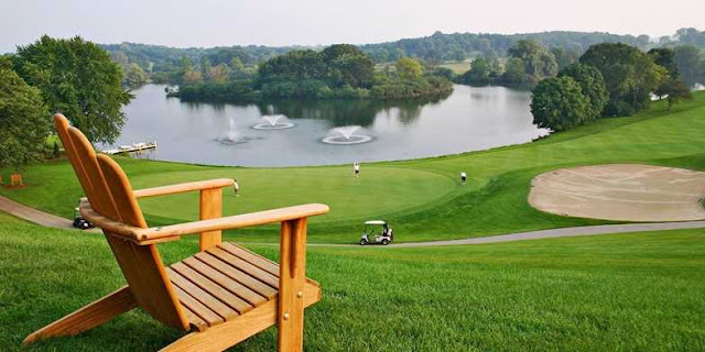 Visit the Grand Geneva Resort & Spa, an award winning Lake Geneva, Wisconsin resort that offers accommodations such as a full service spa, meeting space, golf courses, & more.