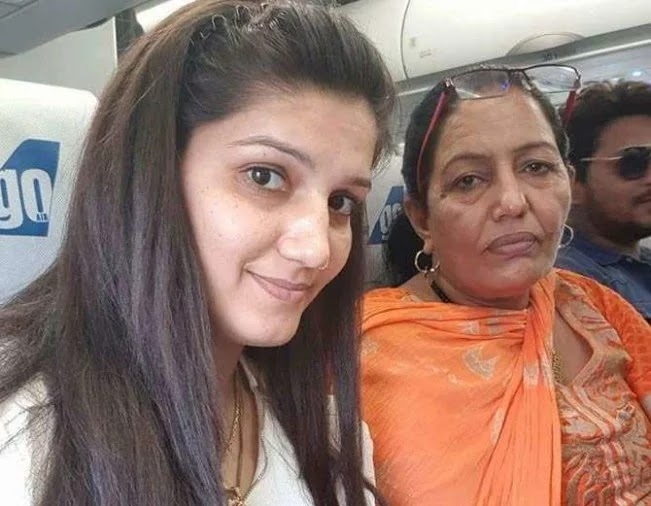 Sapna Chaudhary and sushmita sen