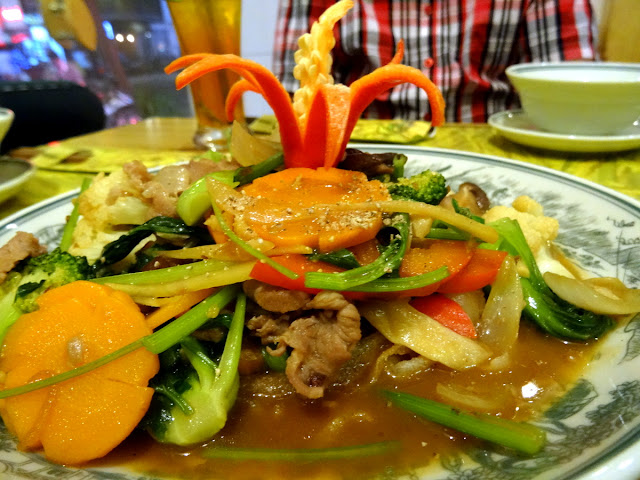 Stir fry meat vegetables - Chao Em! Viet Bistro in Ben Thanh, Ho Chi Minh City