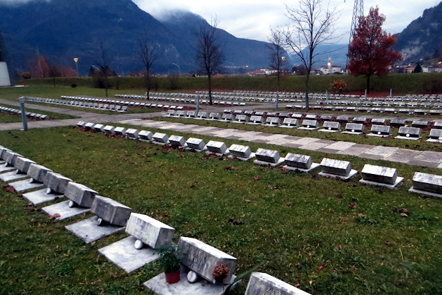 cimitero longarone