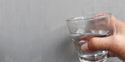Air Putih Hangat Untuk Kesehatan Tubuh