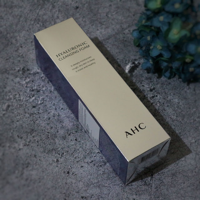 AHC Hyaluronic Cleansing Foam