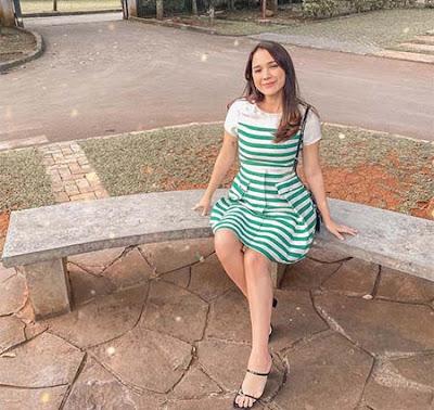 Raquel Katie Larkin Duduk