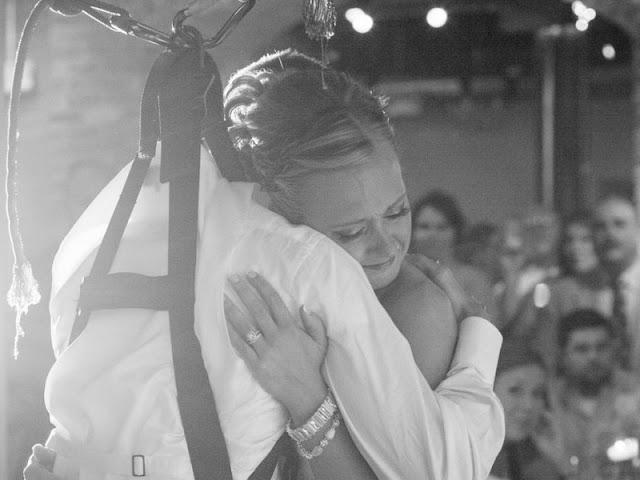Этот парень в инвалидной коляске очень хотел подарить своей невесте первый танец молодых