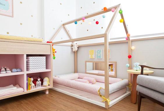 luces para decorar una habitación montessori con guirnaldas de luces y luces LED con cama casa