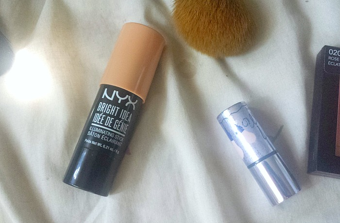 PRODUCT SMACKDOWN | Benefit's Watt's Up v NYX Bright Idea Illuminating Stick in chardonnay shimmer review and swatches