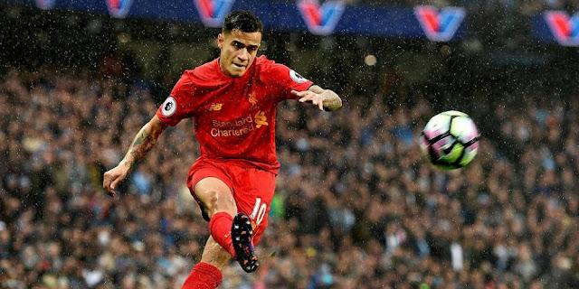 SBOBETASIA - Carragher Berharap Coutinho Tidak Pergi dari Liverpool
