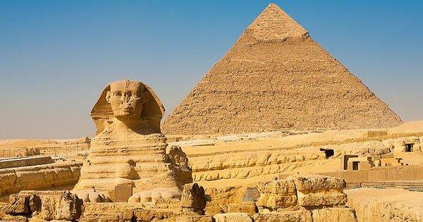 تمثال ابو الهول يمثل الملك خفرع تمثال ابو الهول