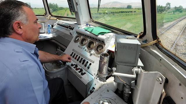 Rusia quiere rescindir gestión de ferrocarriles de Armenia