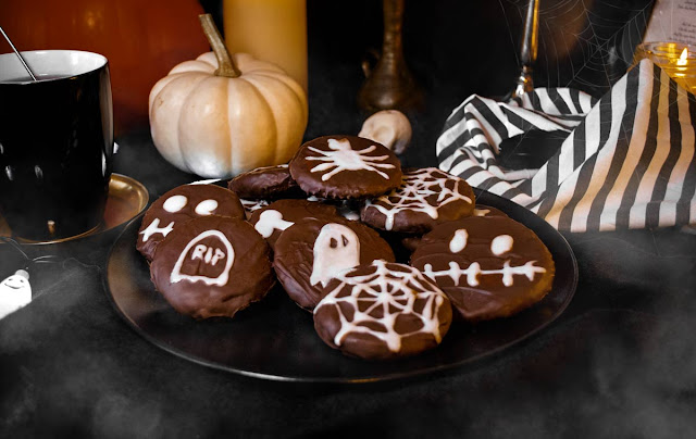 yunaban, recipe, halloween, pumpkin, spice, vegan, glutenfree, oats, cookies, kekse, schweiz, swiss, blogger, glutenfrei, spiderweb, spider