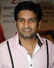 Santhanam Comedian Profile Biography and Wiki and Biodata, Body Measurements, Age, Wife, Affairs and Family Photos