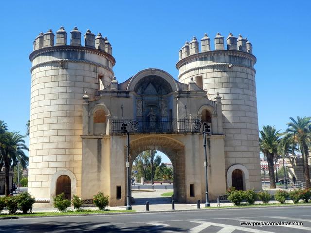 puertas acceso a Badajoz