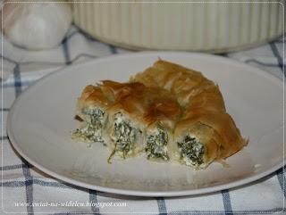 http://swiat-na-widelcu.blogspot.com/2020/05/spanakopita-greckie-ciasto-szpinakowe.html