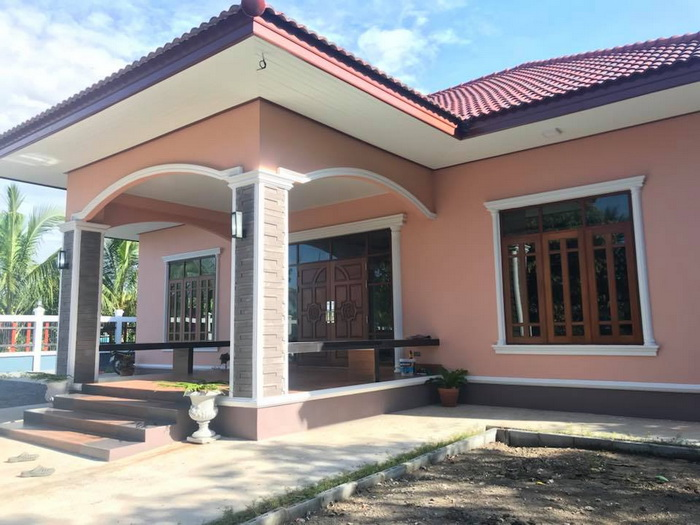 5 Small Bungalow House Designs With 300,000 Php Or 6,300