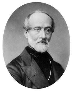 Giuseppe Mazzini had the idea to start an insurrection in Naples