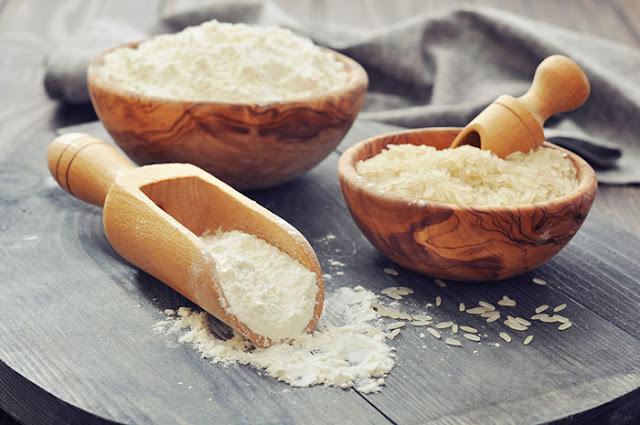 تفتيح البشرة ماسك طحين الأرز والحليب